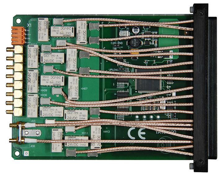 YAV91500 RF Multiplexer